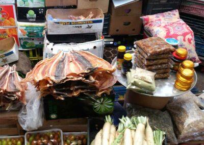 Weihrauch-im-Fisch-und-Gemüse Markt