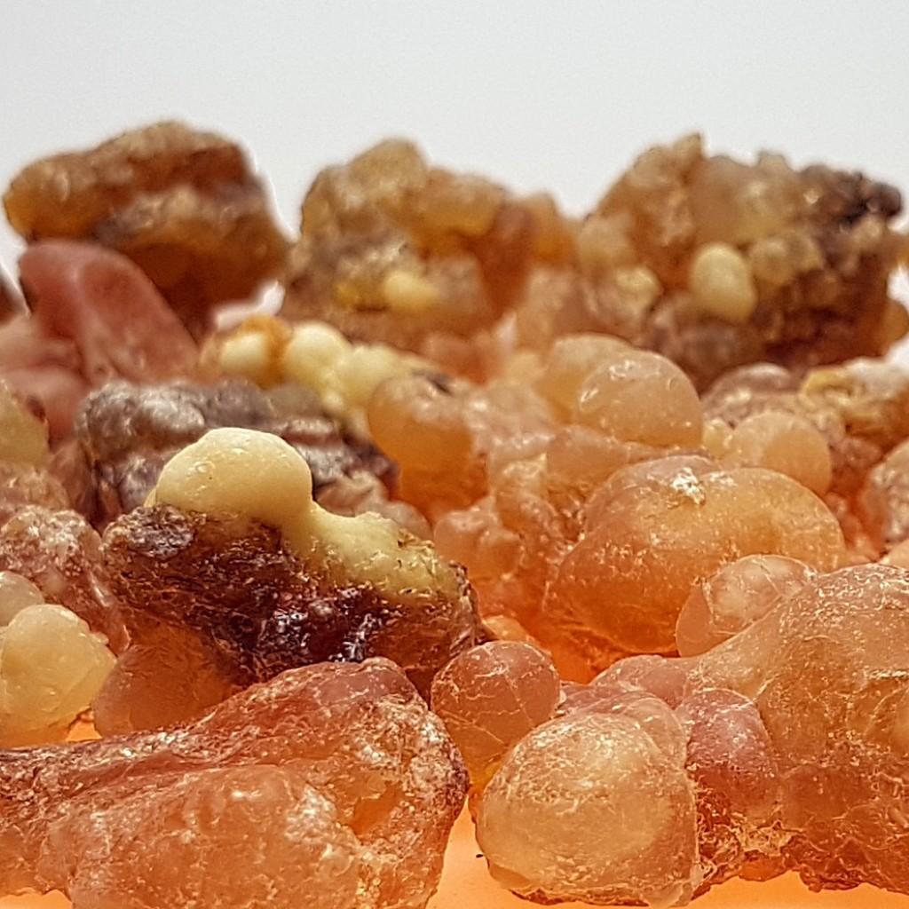 Amberfarbener Weihrauch aus dem Oman