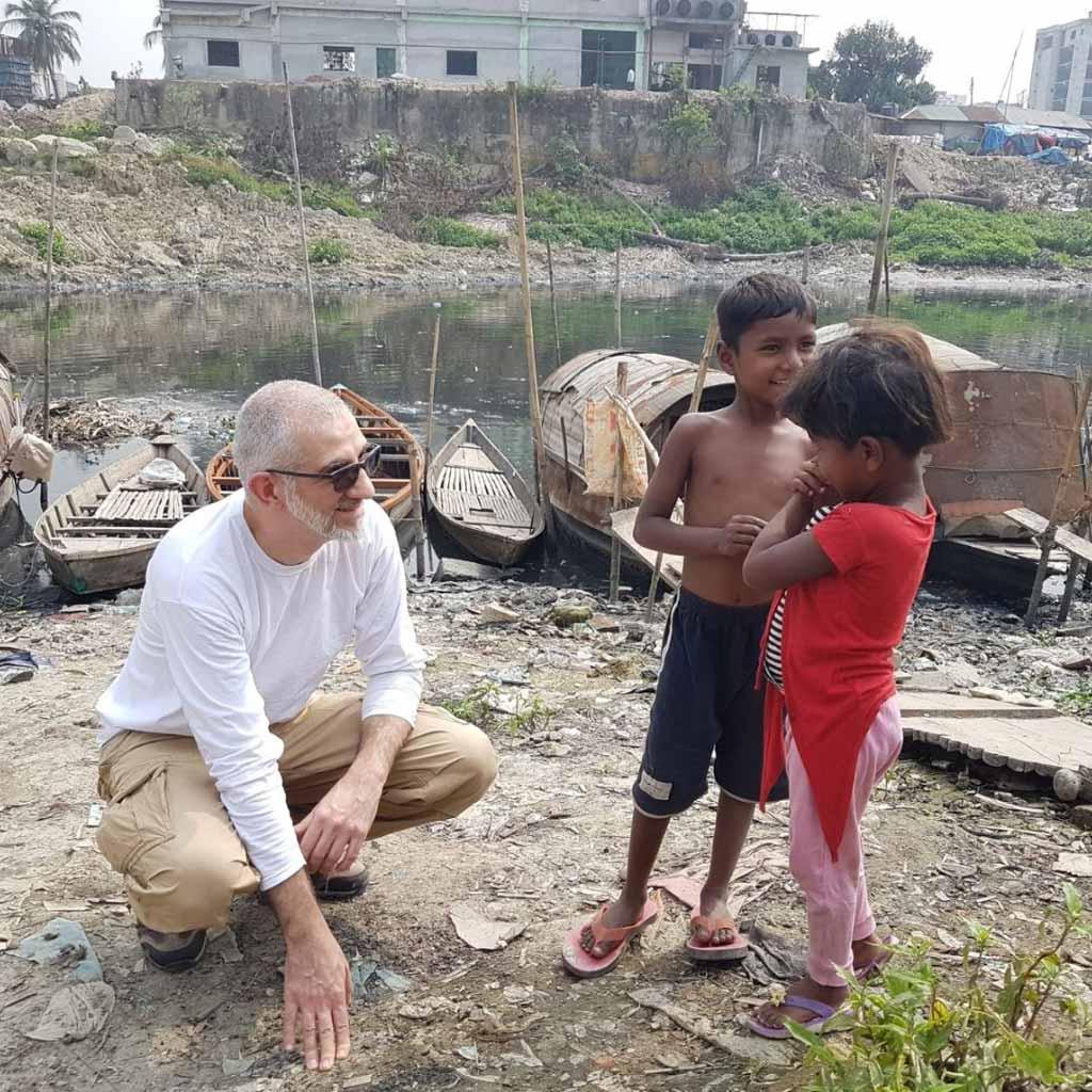 Hatem-in-Bangladesch-auf-Projektreise